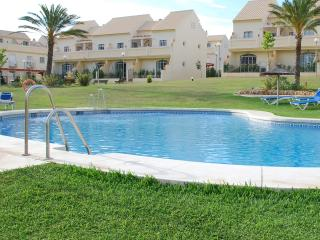 Duquesa Townhouse  family/ golf home. > to 10 pers, Puerto de la Duquesa