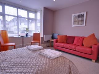 Good value, seafront, studio apartment located in Southbourne, Bournemouth