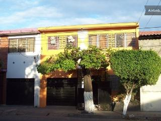 Nice Neighborhood near Downtown San Salvador.