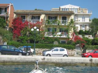 Manessis Apartments, Kassiopi