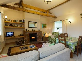 YORK,CURLEW COTTAGE,THORGANBY FARM COTTAGES & B&B<YORK