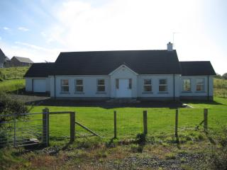 Causeway Coast Country House 5 bedroom sleeps 9 comfortably.