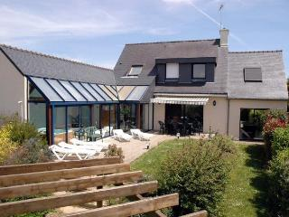 27682 Modern Brittany villa with indoor pool, Moëlan sur Mer