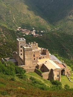 monastère de san pere de rodes à port de la selva 20km