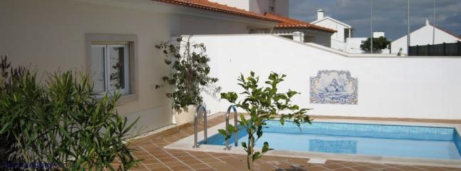 Back courtyard with pool 4/3m private relaxing not overlooked with full days sun.