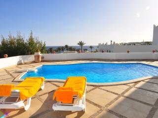 Carlton Villa  - Private Pool