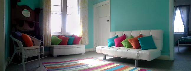 Apartment's Lounge room - bright summery and very pleasant
