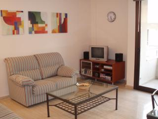 Modern air-conditioned lounge with Sat TV and DVDs