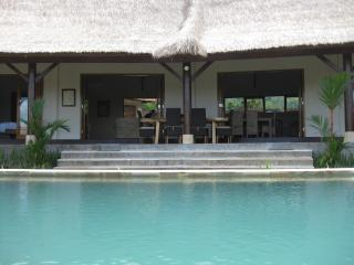 Villa Lotus Lovina-A Beautiful Relaxing Get  Away