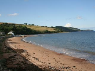 The beach is 2 minutes walk from the cottage