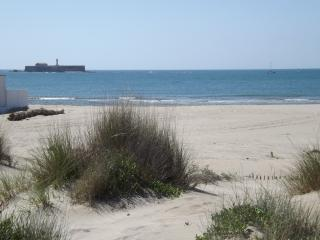 Plage Richelieu and view of port Brescou 14 kl of sandy beach 15 minutes walk from Chez-Nous