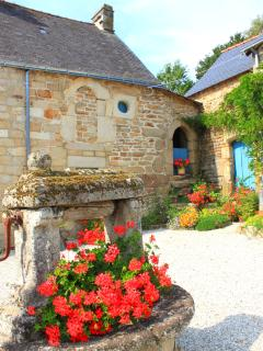 Our ancient hamlet full of French charm!
