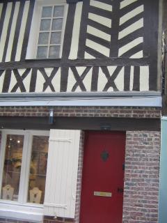 Front door and Gallery.