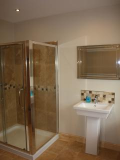 Bathroom - Large Shower, Wash Basin & Toilet