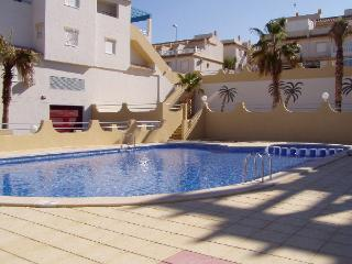 Gorgeous Bungalow/Apartment -huge roof sun terrace, Villamartin