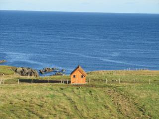 Hebridean Huts (Heather Hut), South Galson