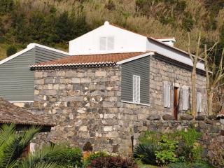 Adega Jubileu, Casa das Pedras