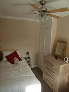 The twin room has a ceiling fan and blackout blind for a good nights sleep in summer or winter