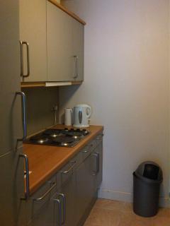 Kitchen, hob, fridge, freezer, microwave oven, toaster