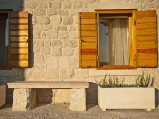 Holiday Apartment - Kastela (ground floor)