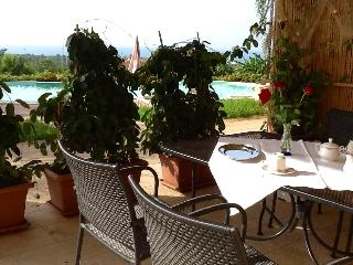 VERDE MARE FLAT IN VILLA SHARED-POOL