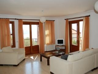 emily apartment, KAS