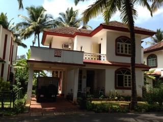 GOA, 'SEA BREEZE' 4 B/R  SEA FRONT BEACH  VILLA, Betalbatim