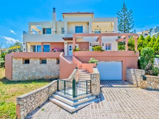 4 Bedroom Holiday Villa, Crete, Chania