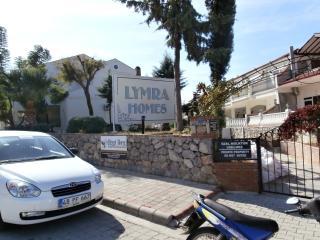 Lymra Apartments, Ovacik