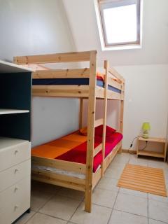 Chambre enfants. Lits en 2m de long