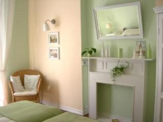 Green Door Apartment, Cracovia