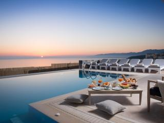 Villa Greece and Seaview private Villas with pool, Chersonissos