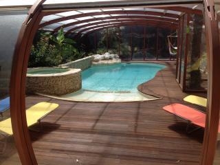 Centre Ville avec piscine chauffée, jacuzzi,, Aix-en-Provence