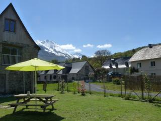 maison à la montagne, Val d'Azun, Pyrénées, Arrens-Marsous