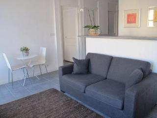 Lumiere, Beautiful 1 Bedroom Flat, Close to Beaches, Croisette, and Palais des FestivalsLumiere, Beautiful 1 Bedroom Flat, Close to Beaches, Croisette, and Palais des FestivalsLumiere, Beautiful 1 Bedroom Flat, Close to Beaches, Croisette, and Palais des, Cannes