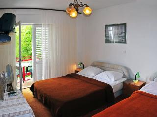 Double bedroom  ensuite, Hvar