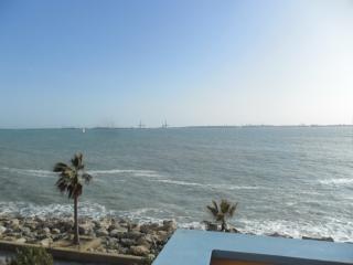 atico 12 personas a 100 metros playa puerto sherry, El Puerto de Santa Maria