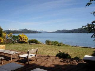Beautiful Lakefront House, San Carlos de Bariloche