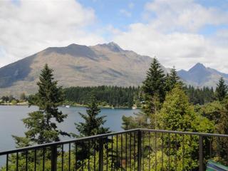 View Cecil Peak