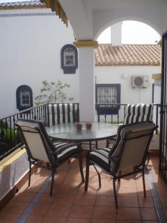 The veranda (new furniture!)