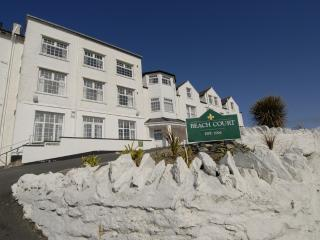Flat 11, Beach Court, Trearddur Bay