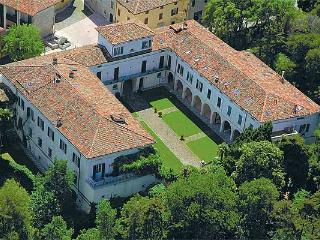 Palazzo Brunati