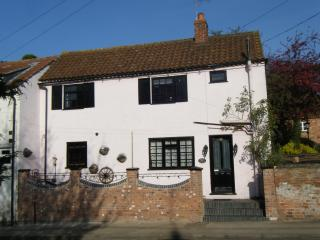 Rosehip Period Cottage, Bingham,  Nottinghamshire