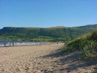 Waterfoot Beach House, Queen of the Glens, Glenariff (Glenarriffe), Cushendall
