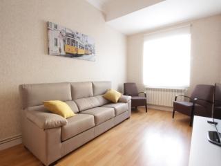 Apartamento 100 m de la playa+ PARKING+WIFI, Donostia-San Sebastián