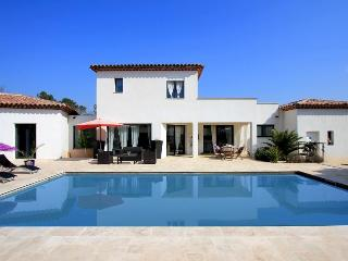 6127 Provence villa with private pool and air con, Le Thoronet