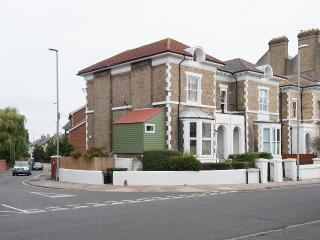 Onslow Villa - Great location!, Portsmouth