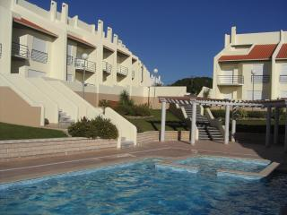 Townhouse, Peniche