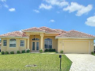 Stunning Villa INCL BOAT, Cape Coral