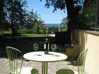 lake view  apartment, Anguillara Sabazia